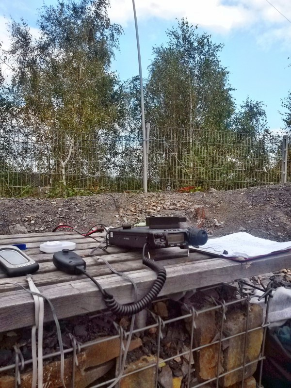 Sunny weather on 14-Sep; FT-857 and Linked Dipole