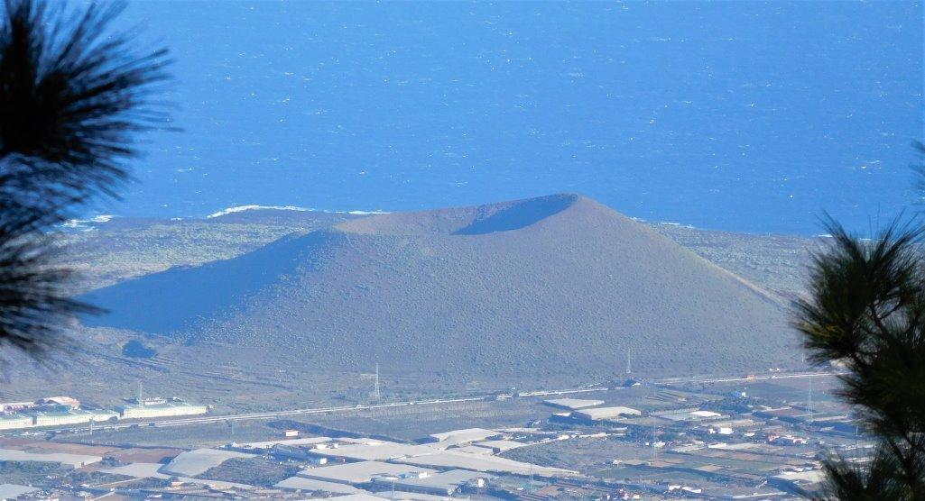 Montaña Grande aus dem Gebirge gesehen